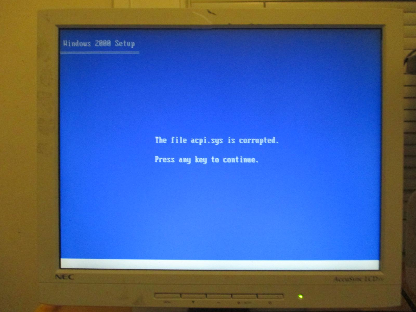 Having errors with installing windows 2000 updates shut off automatic windows updates xp
